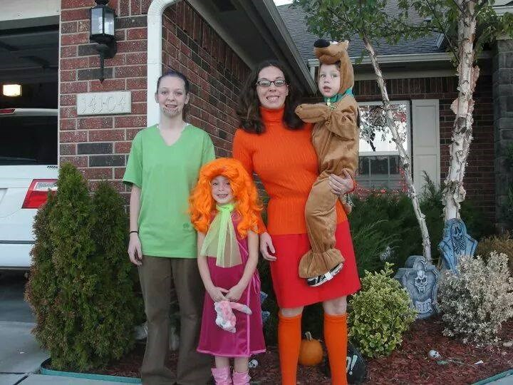 रूह-रोह: Melissa Borchardt's family suited up at the Scooby Doo gang, but she says her husband refused to be Fred. No treats for you!