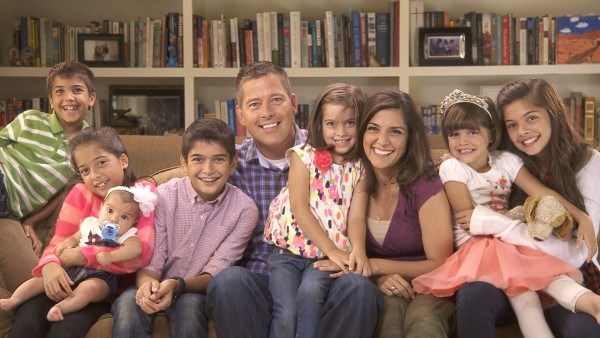 Semmi wrong with a few giggles with your prayer! Rachel Campos-Duffy, husband Sean and their seven (soon to be 8!) children.