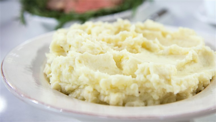 केटी Lee's Christmas dinner recipes: juicy prime rib and creamy mashed potatoes. TODAY, December 19th 2016.