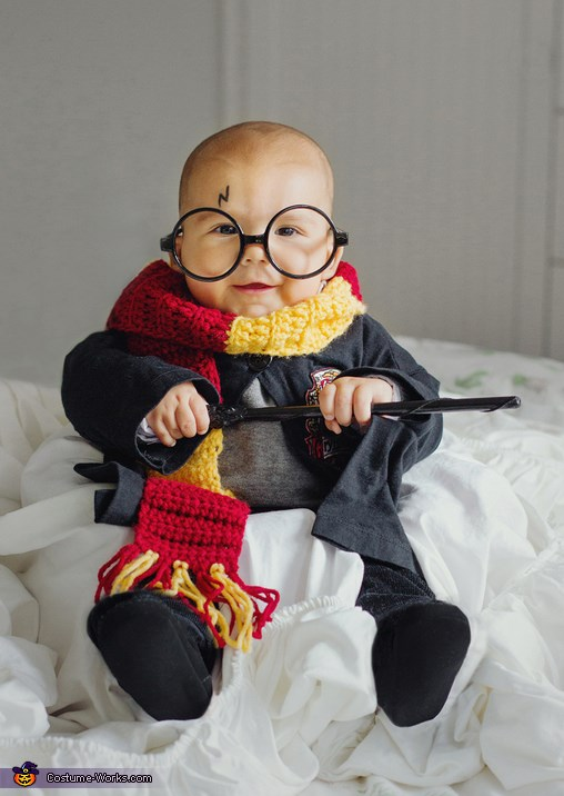 बच्चा Harry Potter costume