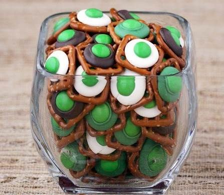 Utca. Patrick's Day quick and easy pretzel bites by Love From the Kitchen