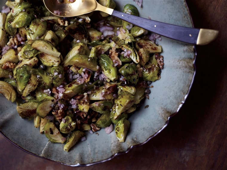 מיכאל Symon's Roasted Brussels Sprouts with Capers, Walnuts and Anchovies