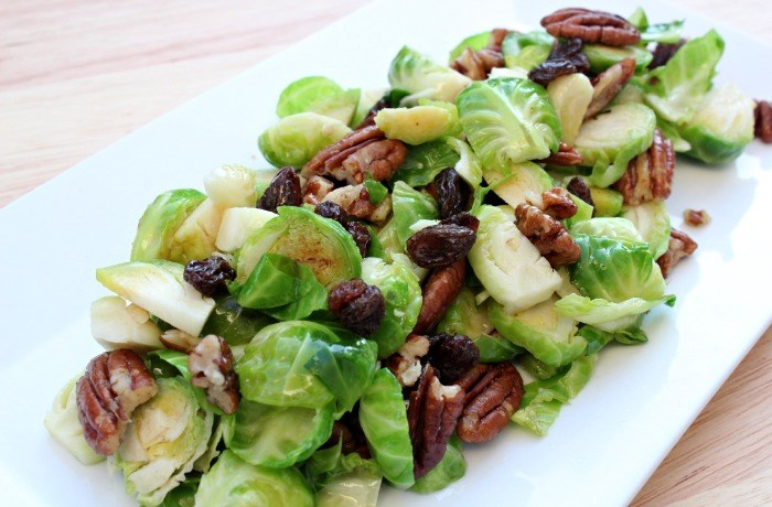 בריסל Sprout Salad with Dijon Mustard Dressing