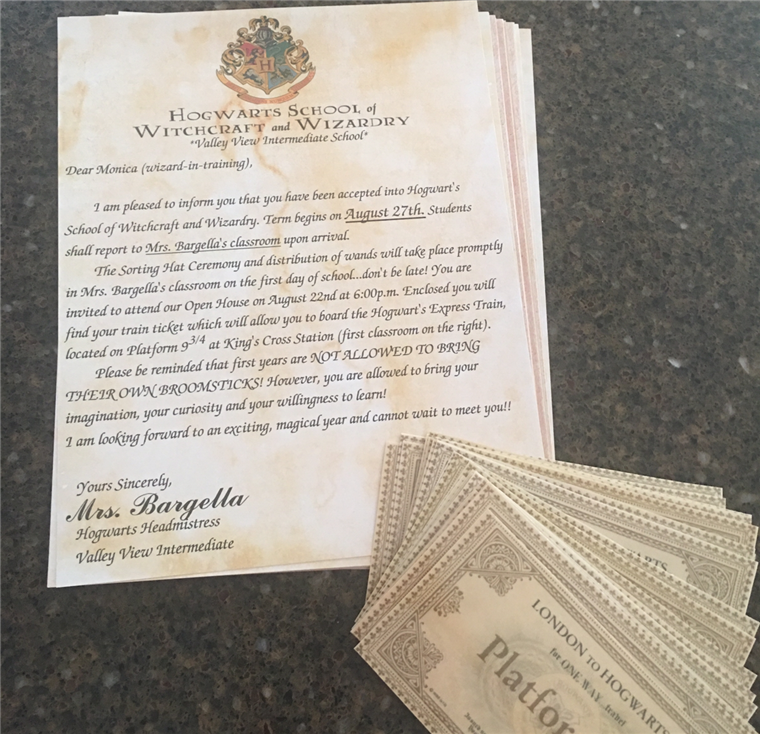 Minden egyes student (err, wizard-in-training) received a magical acceptance letter.
