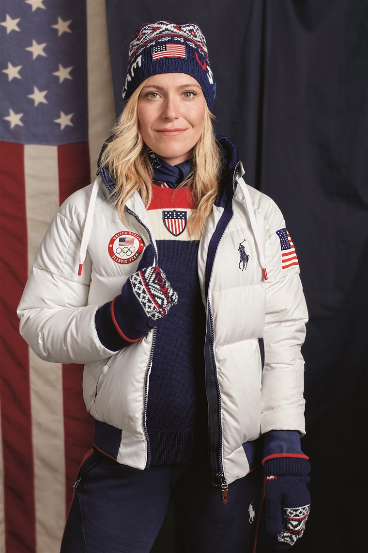 ओलिंपियन Jamie Anderson models Team USA's official closing ceremony uniform for the 2018 Winter Games.