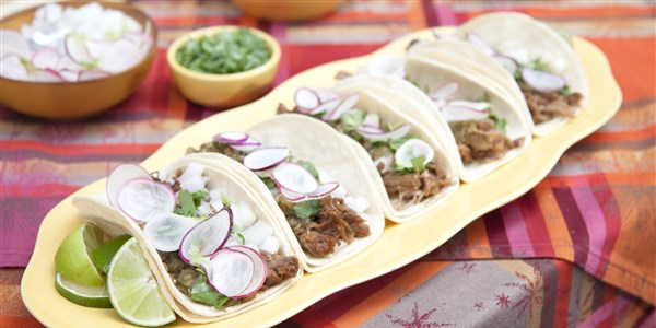 קולה Braised Pork Tacos