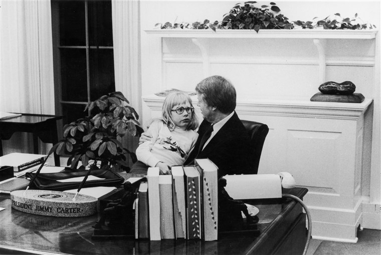 predsjednik Carter & Daughter In Oval Office