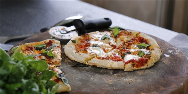 policajac Flay's Pizza Margherita