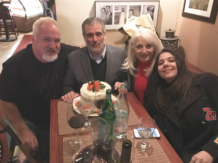 Művészet Smith with the Germanottas (aka the Gagas): Lady Gaga's dad Joe, mom Cynthia and sister Natali.