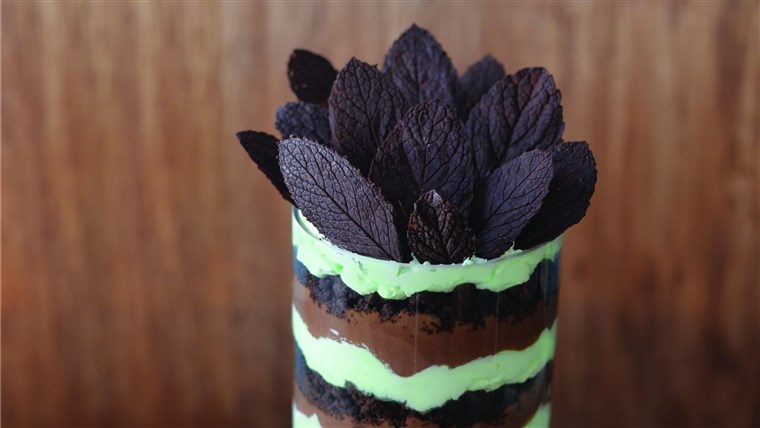 menta Chocolate Trifle, recipe by Seton Rossini