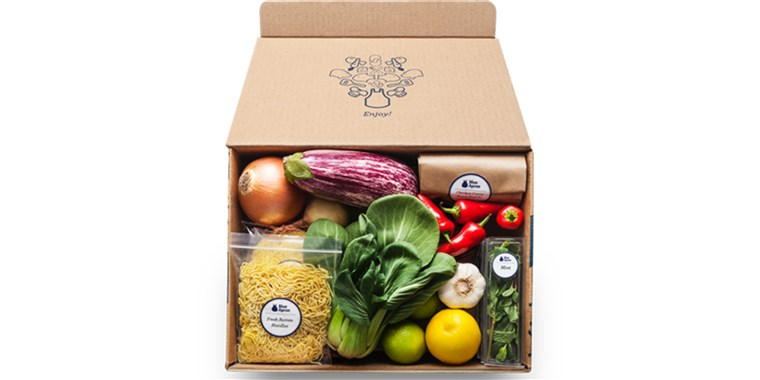 नीला Apron meal kit delivery box