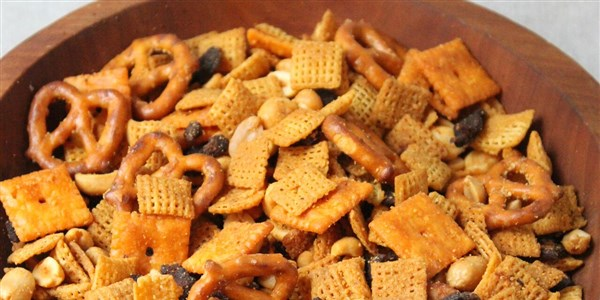 Začinjeno Buffalo–Bacon Chex Mix