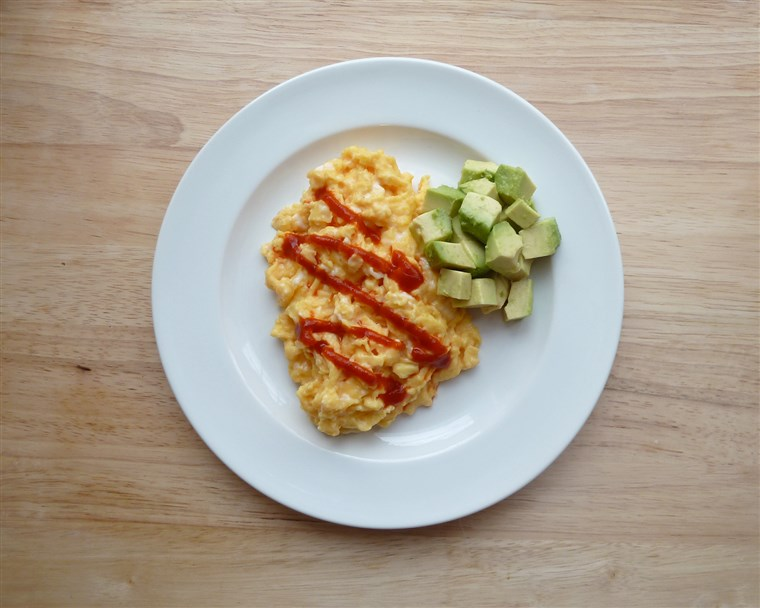 kodirani eggs with Sriracha and avocado