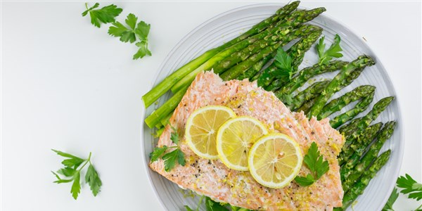 Lemon-fokhagyma Salmon with Asparagus
