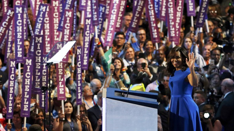 छवि: Michelle Obama addresses the Democratic National Convention in Philadelphia