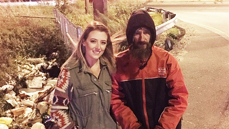 קייט McClure and Johnny Bobbitt, Jr., the homeless man who paid for her gas with his last $20. ( Kate McClure/ GoFundMe)