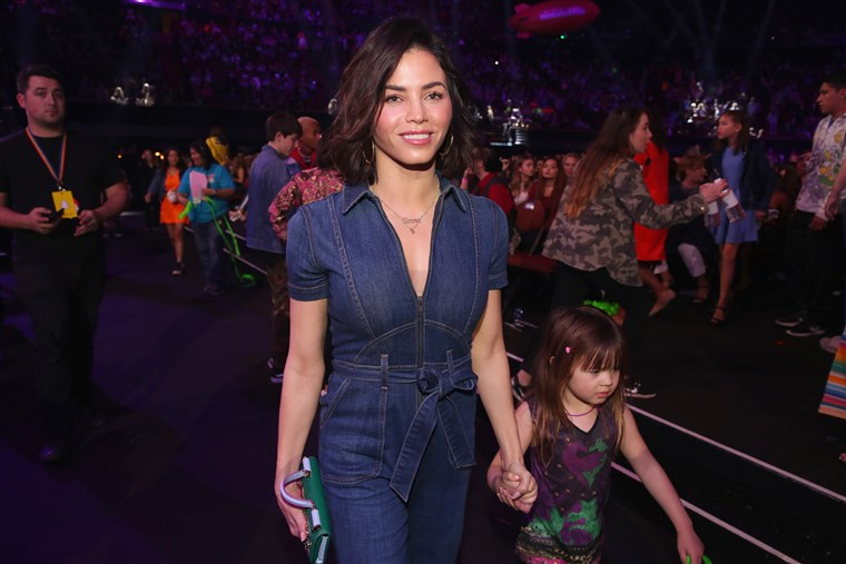 Mami and me! Jenna Dewan and Everly Tatum at Nickelodeon's 2018 Kids' Choice Awards.