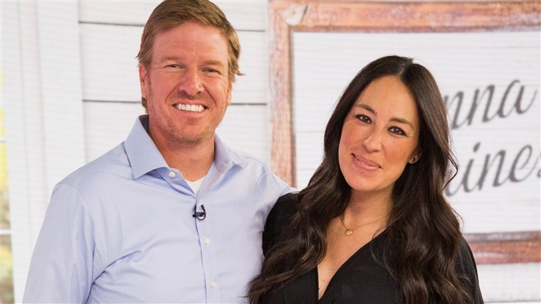 צ'יפ and Joanna Gaines