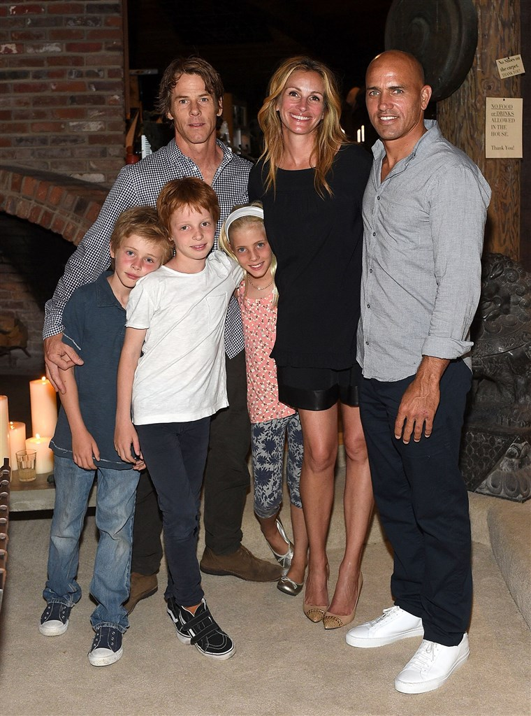 Julia Roberts and family