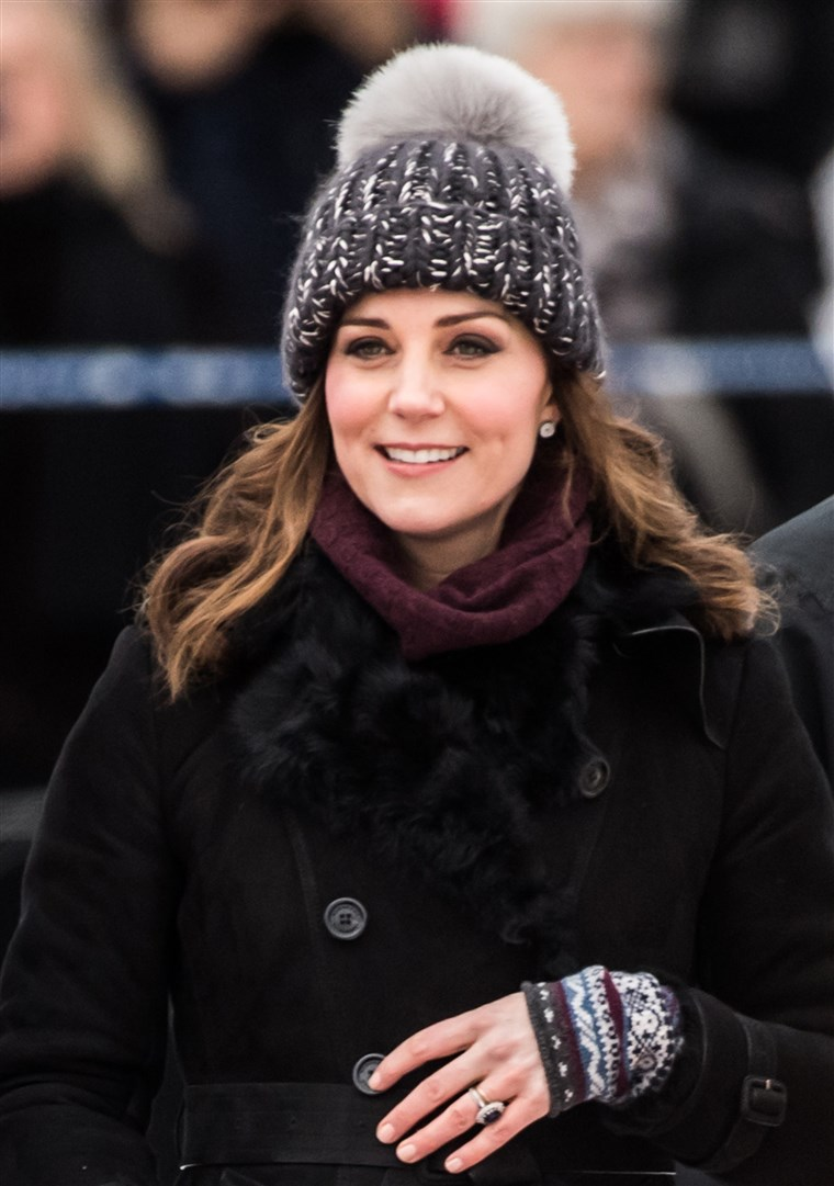 Prijašnji Kate Middleton, Duchess of Cambridge, effortless winter style in Sweden