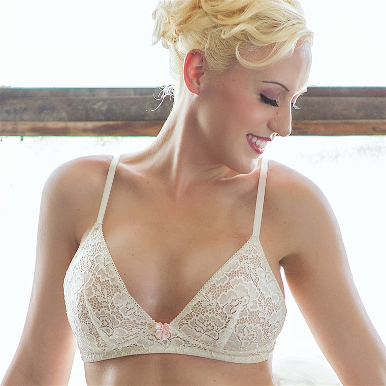 एक AnaOno ivory wireless bra for women who have had breast cancer surgery.