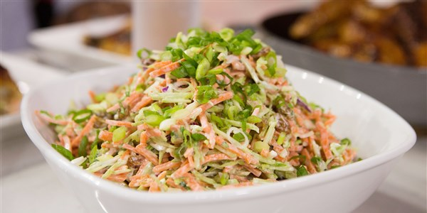 Napos's Easy Broccoli and Carrot Slaw