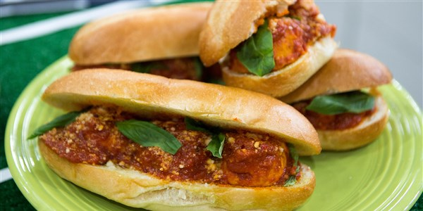 तुर्की Meatball Hero Sandwiches