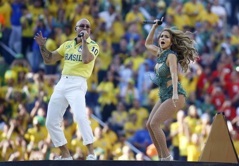 छवि: Singers Jennifer Lopez and Pitbull