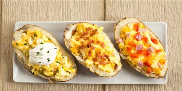Reggeli Baked Potato Boats Stuffed with Cheesy Eggs