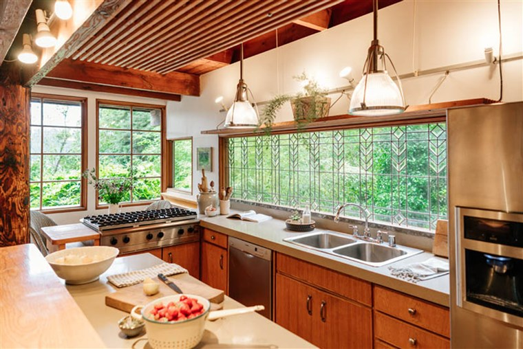 To kitchen accommodations are a big upgrade from those in childhood treehouses.