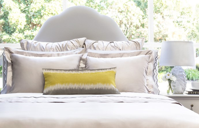 מנוף and Canopy Bedding Set