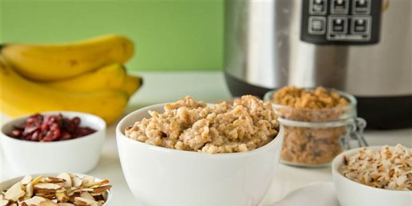 Preko noći Oatmeal: Make-Ahead Slow-Cooker Maple Oatmeal