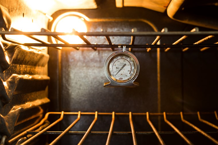 כאן's why you need an oven thermometer