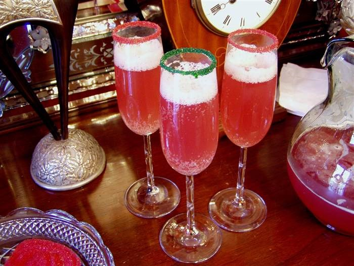 बिग बैच holiday cocktail recipes