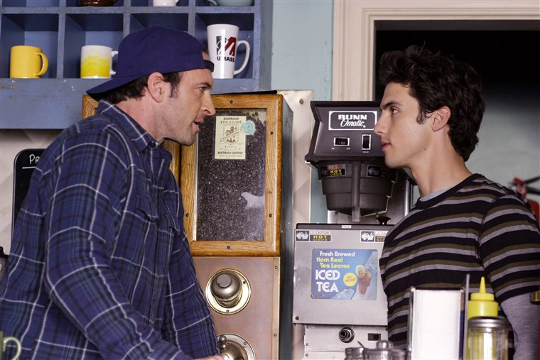 GILMORE GIRLS, 'Say Goodnight Gracie', Scott Patterson and Milo Ventimiglia. Season 3, 2000-2007.