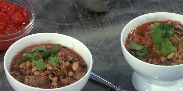 Crno-Eyed Pea Stew with Sausage
