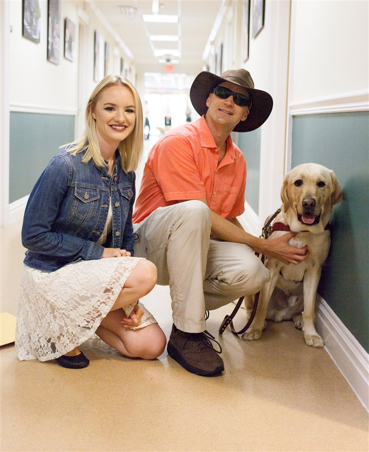 आज's first puppy with a purpose, Wrangler, graduates to become a full-time guide dog