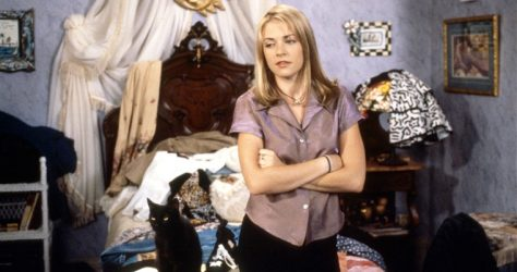 melissa-joan-hart-talks-body-acceptance-not-everyone-can-be-barbie-3[1]
